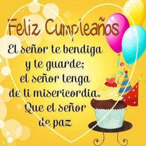 desear feliz cumpleaños felicidad